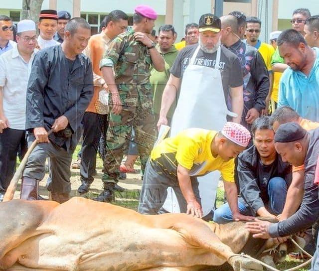 Sultan Muhammad V berangkat lakukan ibadah korban