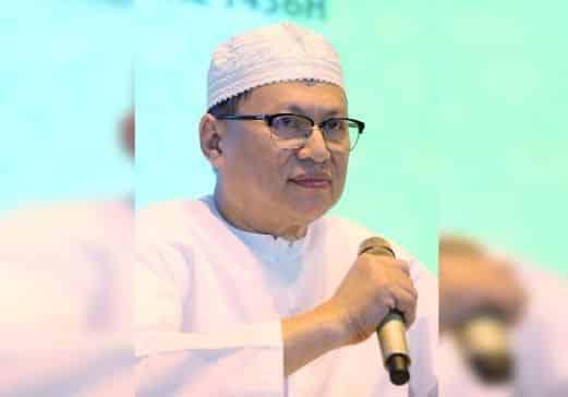 Kuarantin 3 hari untuk menteri: Muhyiddin kena minta maaf dari rakyat