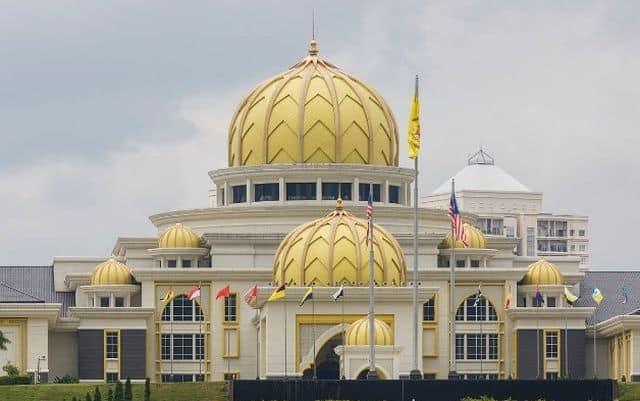 Melayu tetap terajui kuasa politik di Malaysia