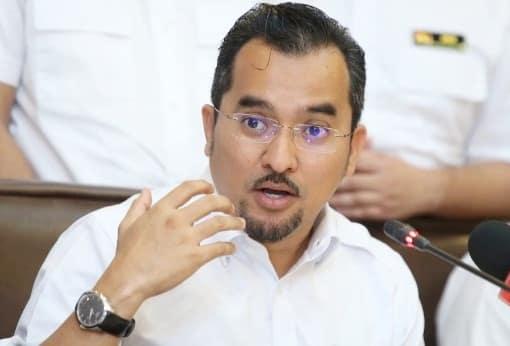 Pemuda Umno gesa Exco Perak bercuti, DAP tidak campurtangan