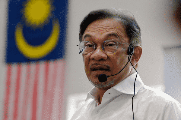 Anwar serah pimpinan PH tetapkan tarikh peralihan jawatan PM