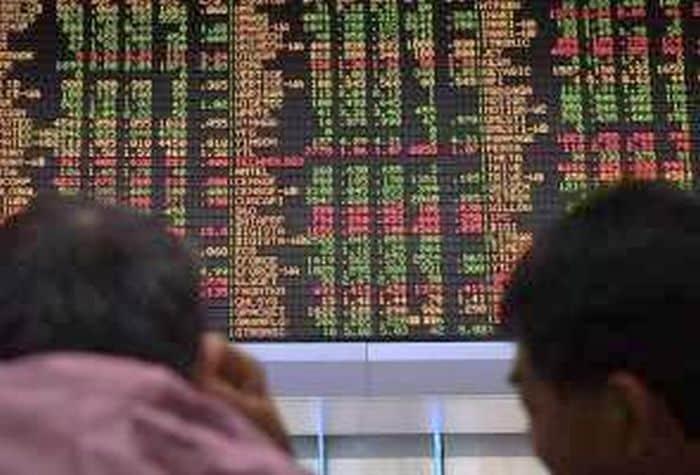 Bursa Malaysia dibuka paling rendah sejak November 2011