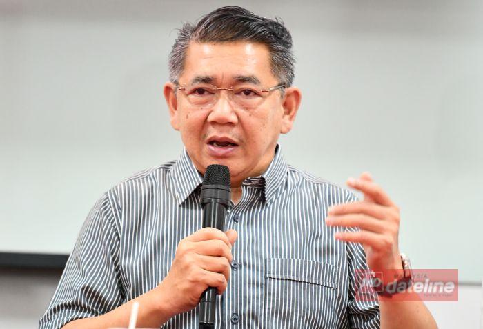 Mesyuarat hari bekerja: Bekas menteri kecam Kabinet PN