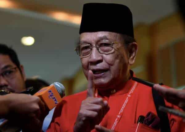Rais dedah 'rahsia' 28 Februari Mahathir