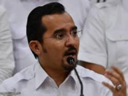 Derhaka kepada Agong, Pemuda Umno desak Mahiaddin letak jawatan