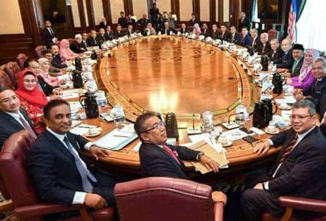 'Saiz Kabinet besar sampai rakyat tak kenal siapa menterinya' – Faiz Fadzil