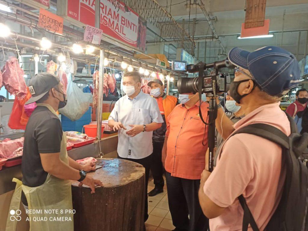 Bekas Menteri Pertanian zahir kebimbangan kenaikan mendadak harga ayam