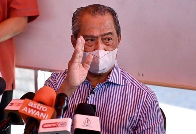 'Suami gaji RM900 sahaja yang tinggal', FB Mahiaddin jadi medan rakyat luah rasa susah