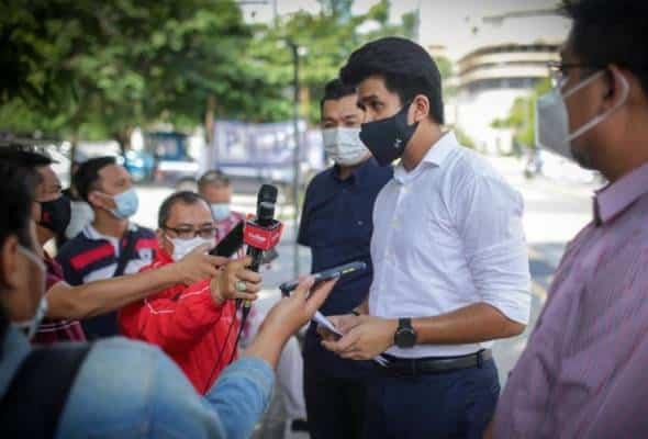 Setiausaha Akhbar Hishamuddin buat laporan polis