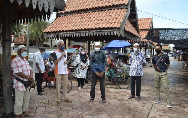 Penarik beca Pasar Payang tidak terima bantuan yang dijanjikan Exco Terengganu